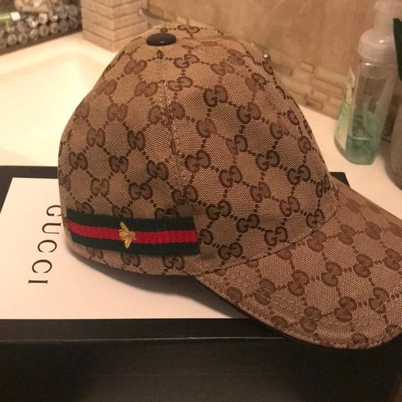 1e78b18196c Gucci Accessories - Authentic women s gucci hat